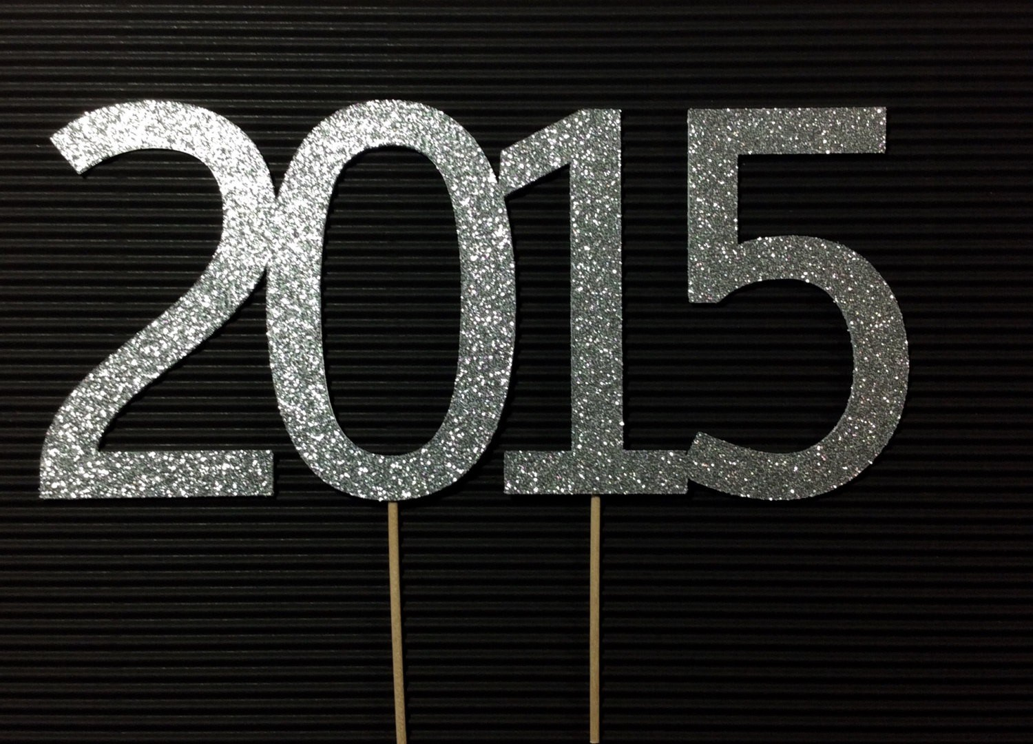 2015-silver-glitter-cake-topper-new-years-2015-new-year-ideas-paper-goods-cake-topper-f62902